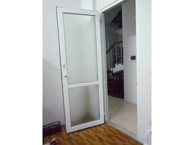 làm cửa nhà theo phong thủy