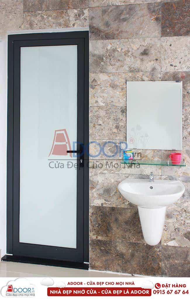 Cửa nhôm kính mù cho toilet tại vinh