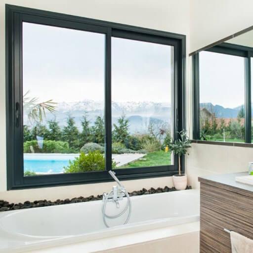 Cửa sổ mở lùa 2 cánh phòng vệ sinh tại Hà Tĩnh