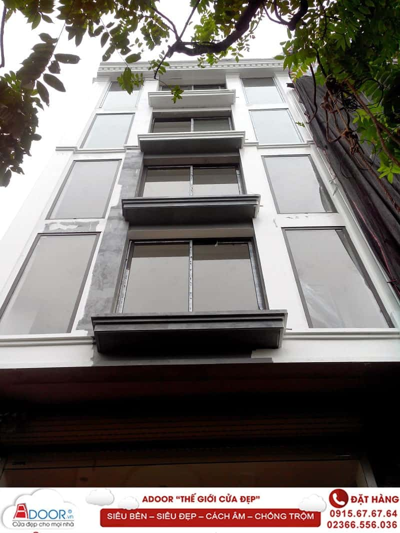 Cửa sổ lùa 2 cánh cho văn phòng