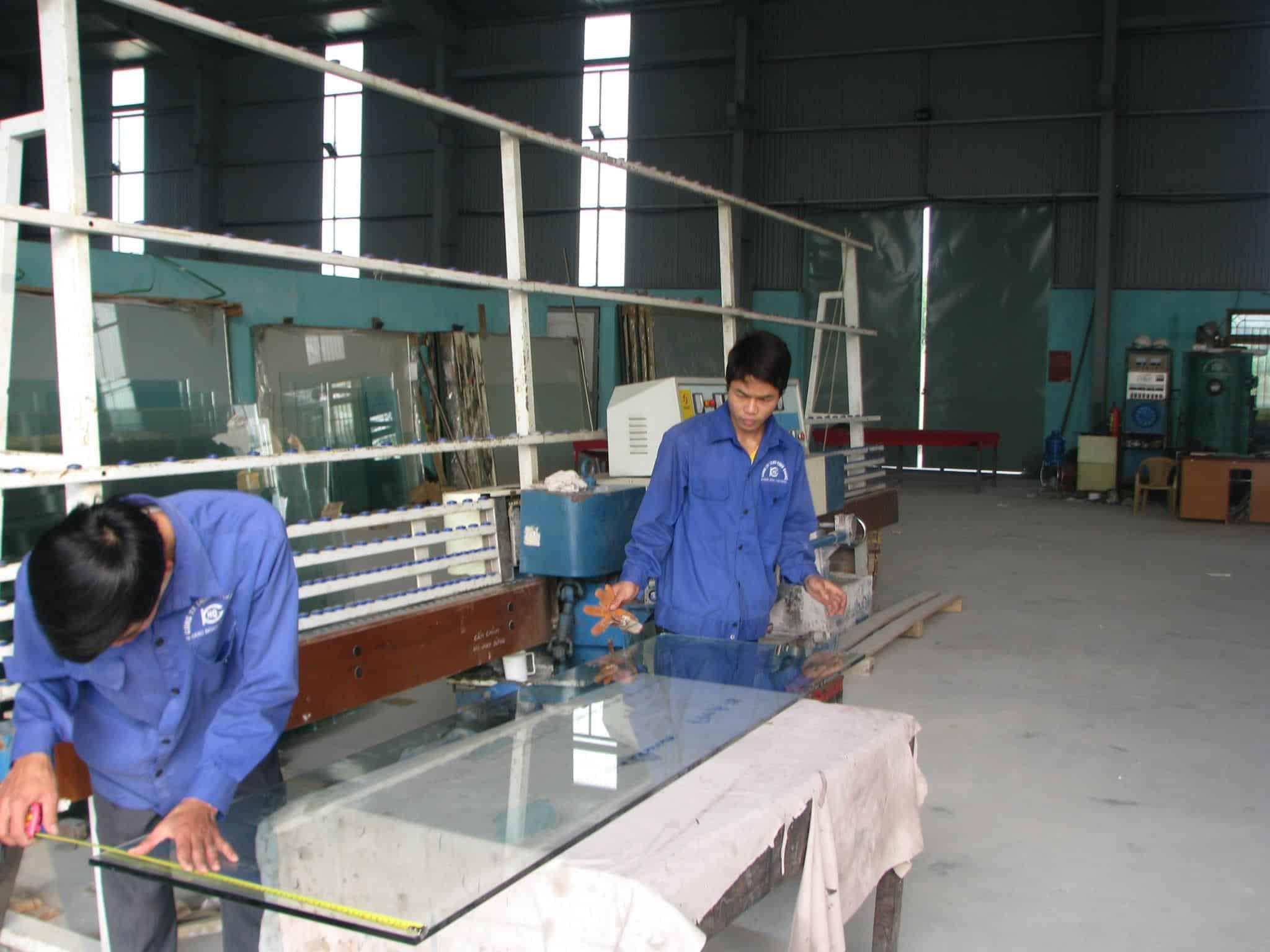 Quá trình kỹ thuật cắt kiếng cường lực