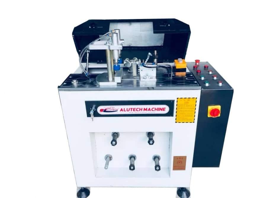 Máy sản xuất cửa nhôm xingfa chất lượng