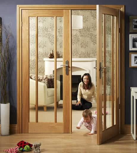 cửa nhôm vân gỗ hệ 1000