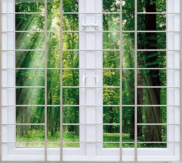 Khung cửa sổ được lắp đặt bên trong cửa sổ
