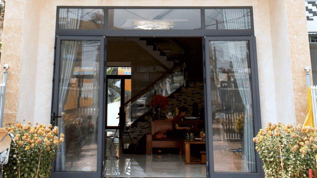 Công trình cửa nhôm Xingfa TPHCM 4 cánh của anh Nhân